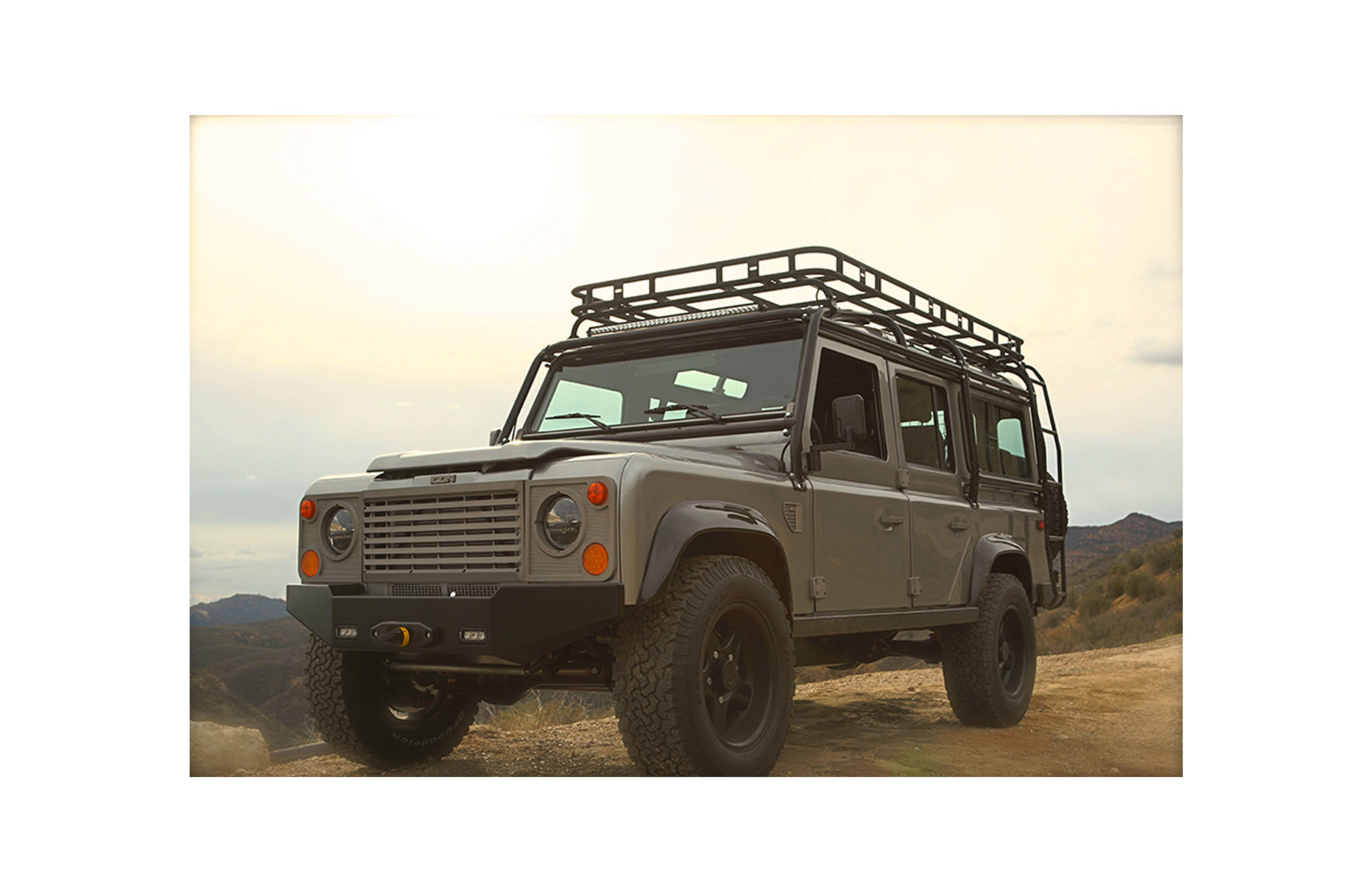 ICON CUSTOM LAND ROVER DEFENDER