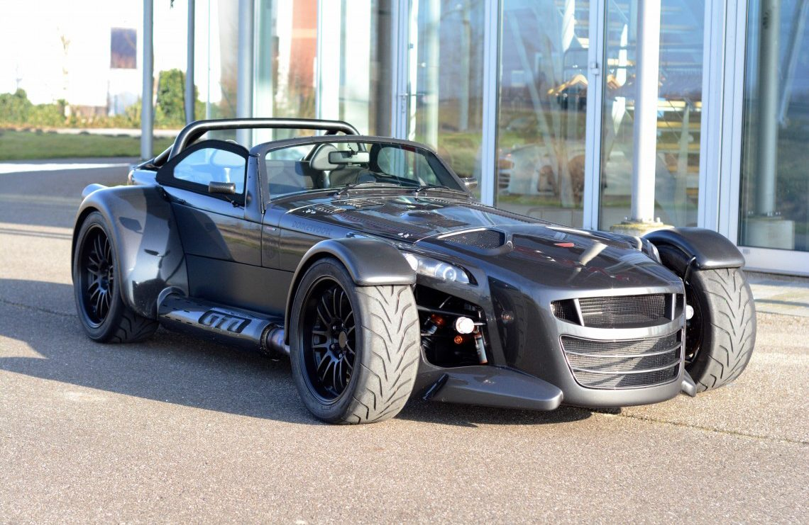 Donkervoort D8 GTO Premium 2014 is a pure drivers sports car